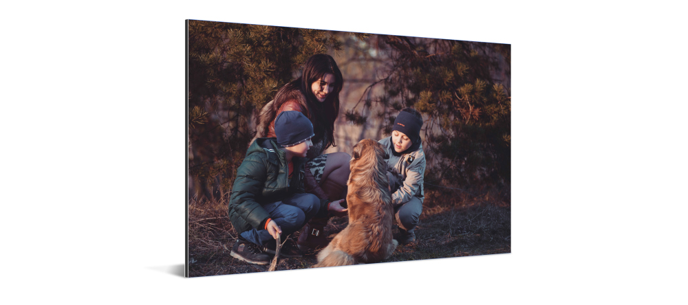 What is a Metal Print. Family photo printed on aluminum.