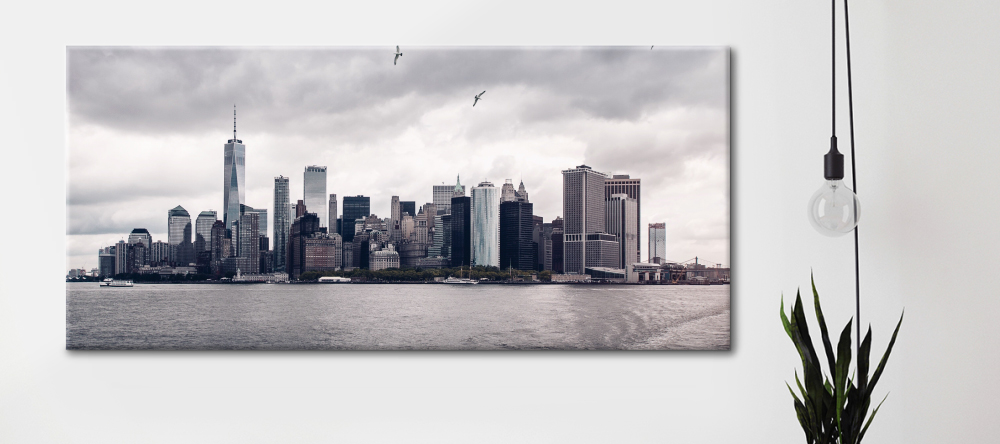 Canvas sizes - which is the best for me? Panorama photo canvas prints with New York skyline.