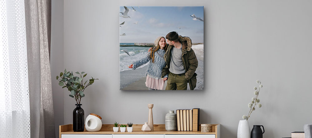 Choosing Large Canvas Prints - How to Get It Right. Large size canvas print with photo of couple
