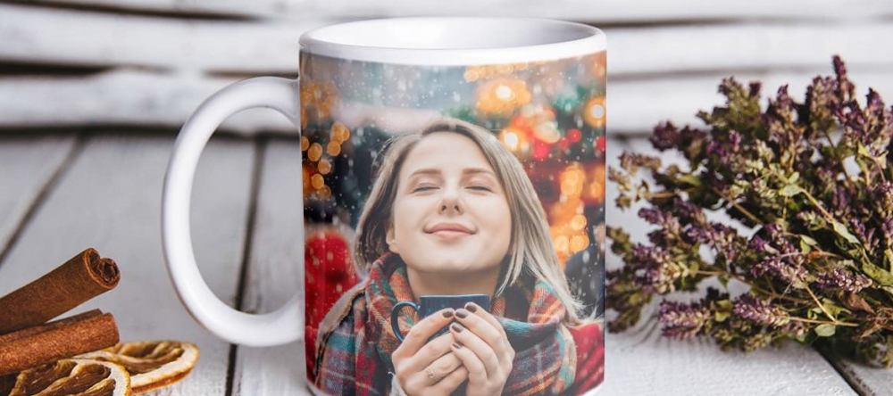 Unusual stocking fillers. Personalised photo mug with christmas motif.