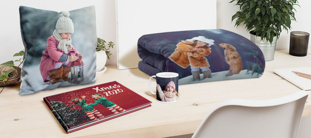 Photo Christmas Gift Finder: Custom Prints to Suit Everyone. Various personalised Christmas gifts.